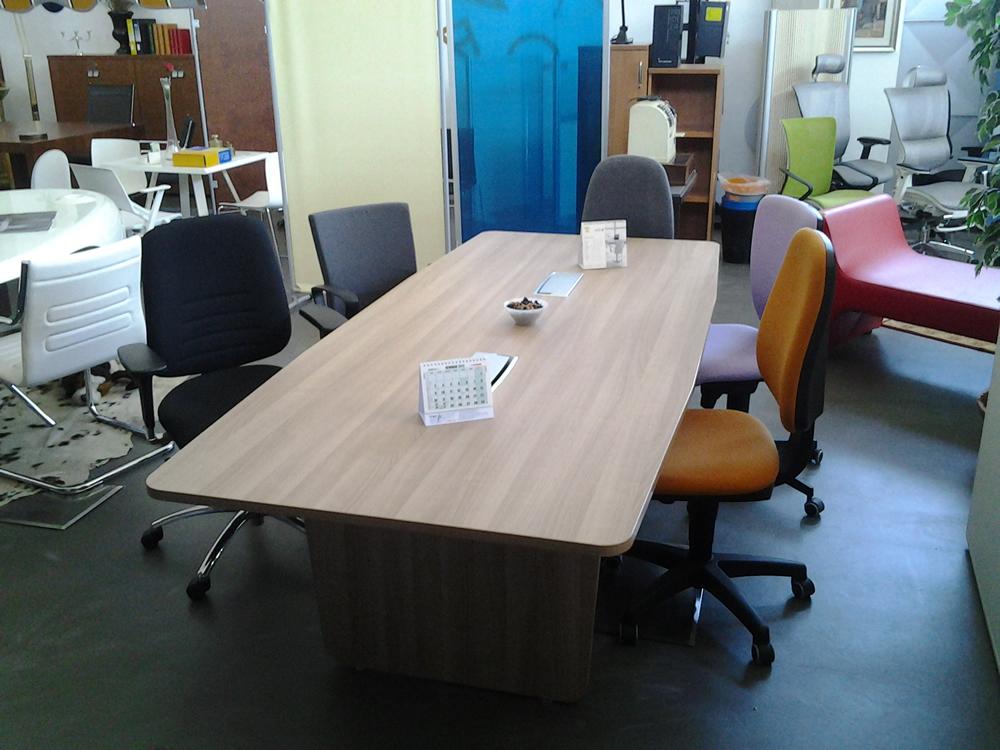 tavolo riunioni usato ex fiera gimaoffice