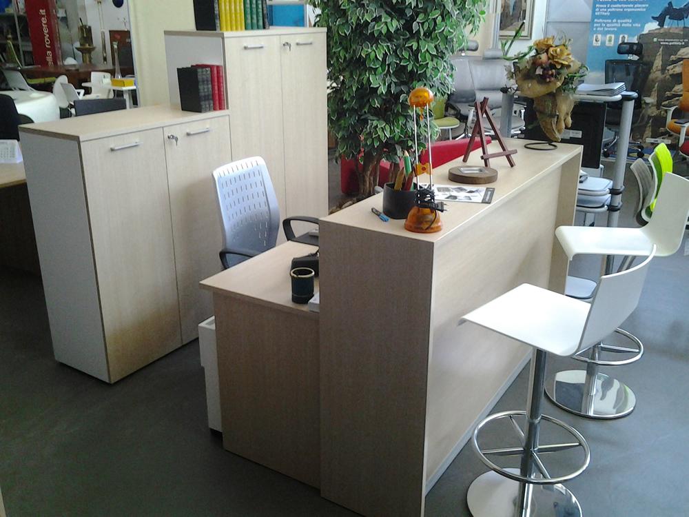 Asta mobili ufficio usati arredo ufficio fallimenti for Mobile reception ufficio