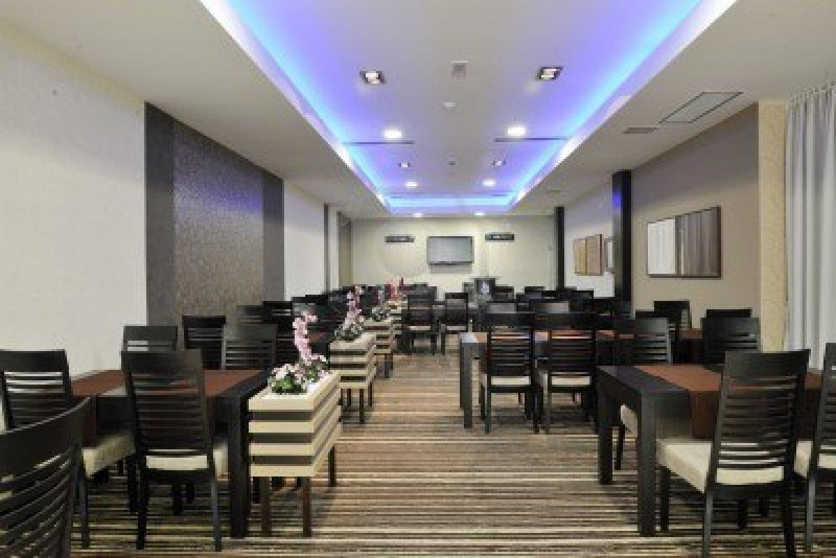 Arredo ristorante moderno gimaoffice for Arredamenti bar ristoranti